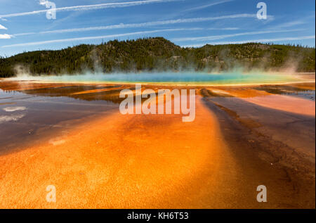 WY02600-00...WYOMING - Colorful algea at Grand Prismatic Spring in the Midway Geyser Basin of Yellowstone National - Stock Photo