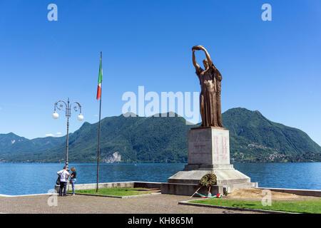 Italy,Piedmont,Verbania,Intra,sculpture on the promenade - Stock Photo