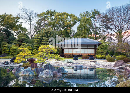 Japan, Kyoto City,, Imperial castle gardens, tea house *** Local Caption *** architecture, evening, Garden, Imperial - Stock Photo