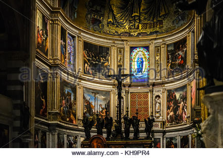Altar of the Duomo cathedral on the Piazza dei Miracoli in Pisa Italy with a crucifixion scene and many renaissance - Stock Photo