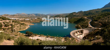 Panoramic view, Dam and reservoir of the Viboras river (the village of Las Casillas in the background), Martos, - Stock Photo