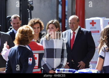 Mexico City, Mexico, Mexico. 13th Nov, 2017. Letizia Queen of Spain seen at a tour in Cruz Roja Mexicana as part - Stock Photo