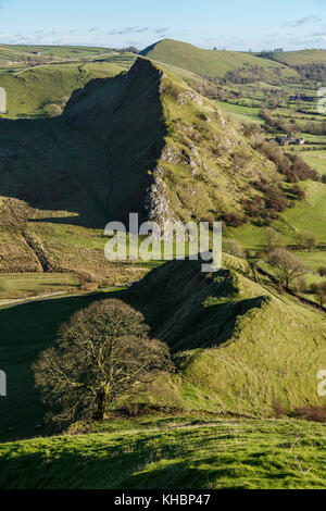 View towards Parkhouse Hill from Chrome Hill, Upper Dove Valley, Peak District National Park, Derbyshire - Stock Photo