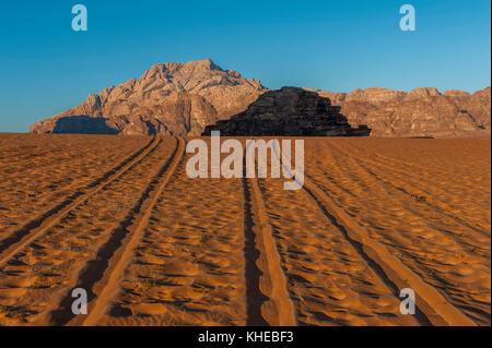 Tyre tracks in the Wadi Rum desert, Jordan, Middle East - Stock Photo