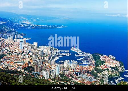 Principauté de Monaco (98). Monte-Carlo. Vue aérienne // France. Principality of Monaco (98). Monte-Carlo. Aerial - Stock Photo
