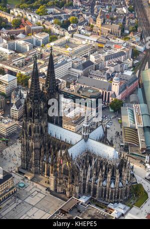 Cologne Cathedral, Cologne, Rhineland, North Rhine-Westphalia, Germany - Stock Photo