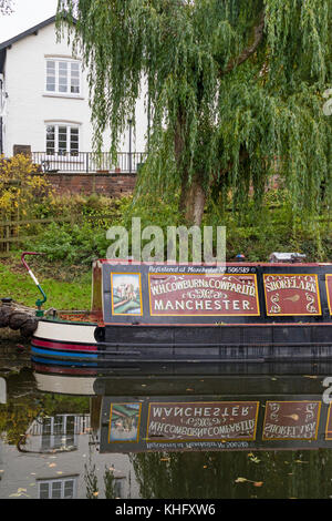 Moored boats on the Staffordshire and Worcestershire Canal near Wolverley, Worcestershire, England, UK - Stock Photo