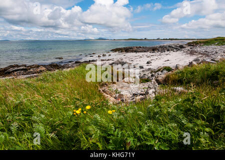 Bagh a Tuath or North Bay on the coast of South Uist in the Outer Hebrides. - Stock Photo