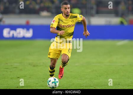 Jeremy Toljan, Borussia Dortmund Stock Photo - Alamy