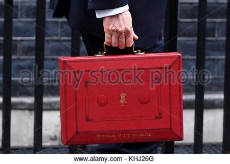 File photo dated 08/03/17 of Chancellor Philip Hammond departs 11 Downing Street, London, as he heads to the Palace - Stock Photo