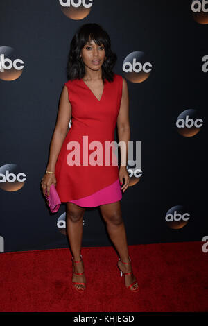 NEW YORK, NY - MAY 16: Kerry Washington attends the 2017 ABC Upfront event on May 16, 2017 in New York City.   People: - Stock Photo