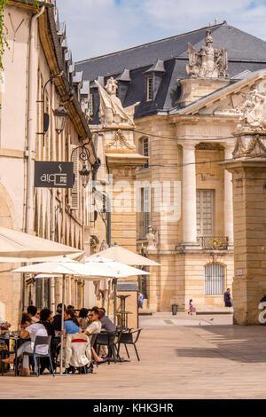 Cafe scene at Place de la Liberation Dijon Cote-d'Or  Bourgogne-Franche-Comté France - Stock Photo