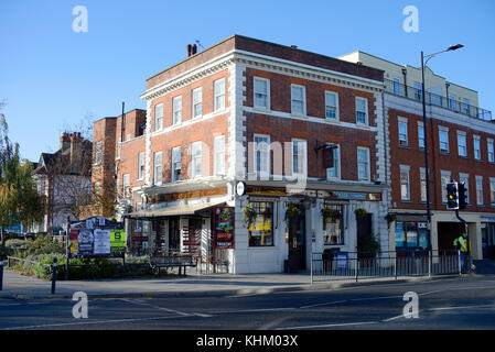 The Trading Room pub in Westcliff on Sea, Essex. Was a Natwest bank - Stock Photo
