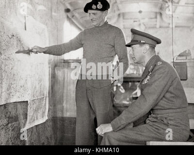 King George VI in the map lorry at Field-Marshal Montgomery's H.Q. in Holland, 1940. Left, Field Marshal Bernard - Stock Photo