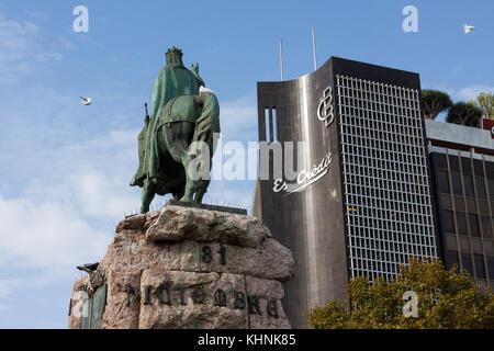 Credito Balear Bank (Banco de Credito Balear) and James I of Aragon (James I the Conqueror) statue on Plaza - Stock Photo