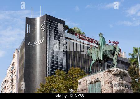 PALMA, MAJORCA, SPAIN - OCTOBER 18, 2017: Credito Balear Bank (Banco de Credito Balear) and James I of Aragon (James - Stock Photo