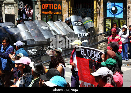 Protesters in La Paz 3 days after the Bolivian police violently invaded the camp of the VIII March in Defence of - Stock Photo