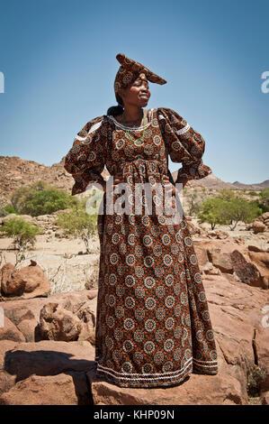 Femme Herrero du Damaraland, Namibie. Mars 2013. - Stock Photo