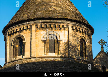Golden evening light on Grade 1 listed 12th-century medieval Round Church of Holy Sepulchre Cambridge Cambridgeshire - Stock Photo
