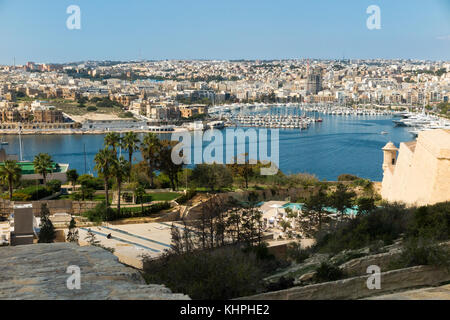 Looking over Marsamxett Harbour to Ta' Xbiex in the distance on the left, and Manoel Island and Manoel Marina on - Stock Photo