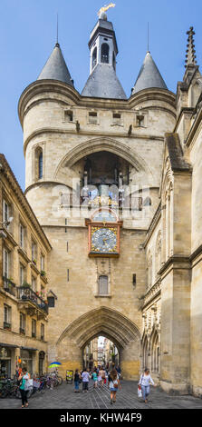 France, Gironde department, Bordeaux, 15th century Porte de la Grosse Cloche (Gate of the Big Bell) - Stock Photo