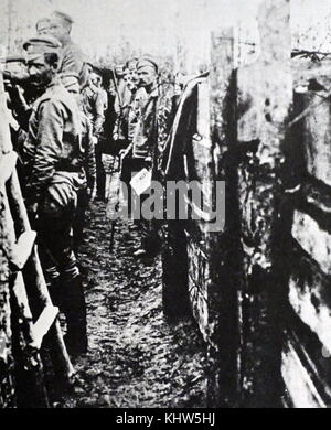 Photograph of Russian soldiers in the trenches during the First World War. Dated 20th Century - Stock Photo