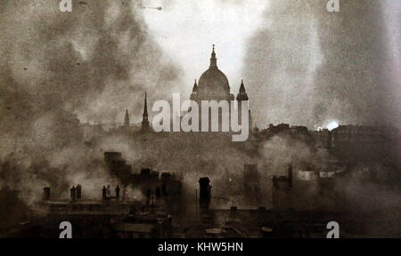 Photograph taken of Saint Paul's Cathedral during air raids on the night of 29th December 1940. Dated 20th Century - Stock Photo