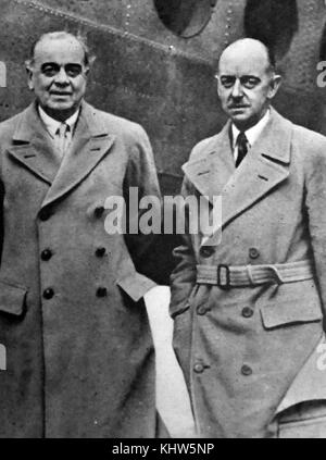 Photograph of Hastings Ismay and Eric Miéville. General Hastings Lionel Ismay, 1st Baron Ismay (1887-1965) a British - Stock Photo