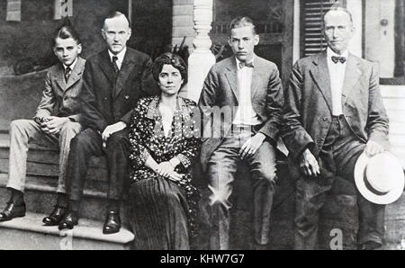 Photographic portrait of President Calvin Coolidge with his family. Calvin Coolidge (1872-1933) a Republican lawyer - Stock Photo