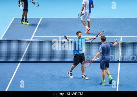 London, UK. 19th Nov, 2017. ATP Tennis, London, November 19, 2017 Henri KONTINEN/John PEERS winner of the double - Stock Photo