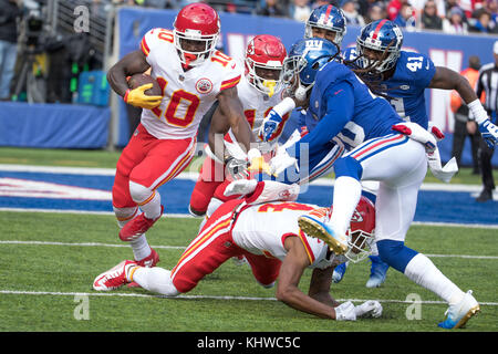 November 19, 2017, Kansas City Chiefs wide receiver Tyreek Hill (10) runs with the ball as New York Giants cornerback - Stock Photo