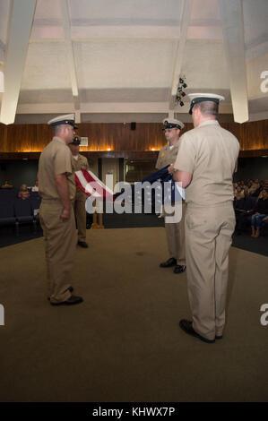 171117-N-PK553-028 SANTA RITA, Guam (Nov. 17, 2017) Chief Petty Officers assigned to Naval Base Guam ceremoniously - Stock Photo