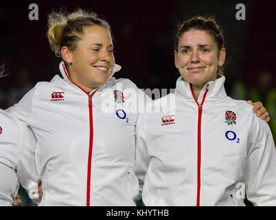 Twickenham, UK. 21st Nov, 2017. Amber Reed smiles at Sarah Hunter as she is trying not to cry during the anthem - Stock Photo