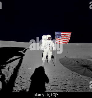 Astronaut Edgar D. Mitchell, lunar module pilot for the Apollo 14 lunar landing mission, stands by the deployed - Stock Photo