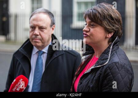 London, UK. 21st November, 2017. DUP leader Arlene Foster, with deputy leader Nigel Dodds, addresses the media after - Stock Photo