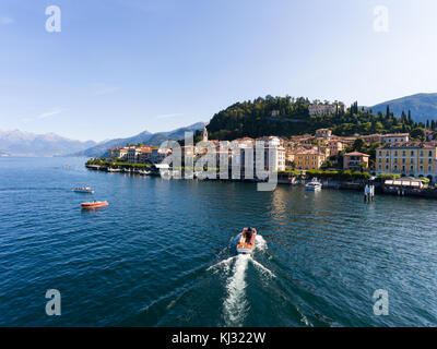 Lifestyle on lake of Como, boats and luxury homes - Stock Photo