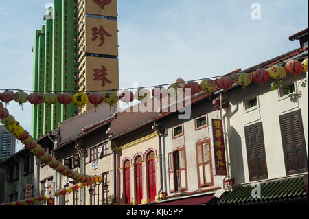 03.11.2017, Singapore, Republic of Singapore, Asia - Traditional shop houses in Singapore's Chinatown district. - Stock Photo