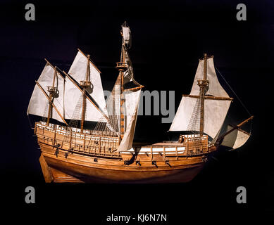 Model of the Mary Rose in the Mary Rose Museum, Portsmouth Historic Dockyard, Hampshire, England, UK - Stock Photo