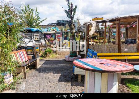 Nomadic Community Gardens in East London - Stock Photo