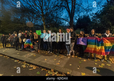 November 22, 2017 - London, UK. 22nd November 2017. Protesters met at the Turkish Embassy to read a statement in - Stock Photo