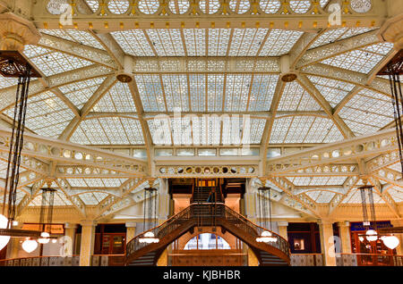 Chicago - September 8, 2015: Lobby in the Rookery Building, a historic landmark located at 209 South LaSalle Street - Stock Photo