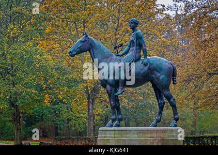 The 1895 Amazone zu Pferde or Amazon On Horseback sculpture by Prussian sculptor Louis Tuaillon in the Tiergarten - Stock Photo