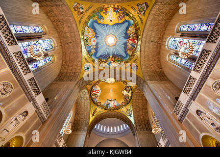 Washington DC - April 12, 2015: Basilica of the National Shrine Catholic Church, Washington DC, USA. - Stock Photo