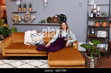 Berlin, Germany. 23rd Nov, 2017. Model Eva Padberg presents her new 'Collection by Ce'Nou & Home24' in Berlin, Germany, - Stock Photo