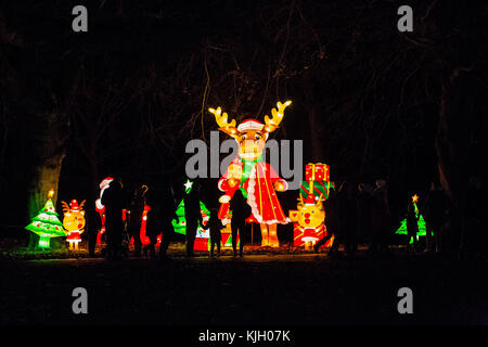 Leeds, UK. 23rd Nov, 2017. The Magic Lantern Festival delighted hundreds of visitors and guests as they switched - Stock Photo
