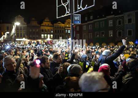 Poznan, Poland. 24th November, 2017. Lights for judiciary - protest against violation the constitutional law in - Stock Photo