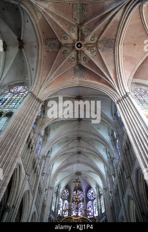 Auxerre cathedral dedicated to Saint Stephan.  The nave.  France. - Stock Photo