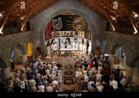 Notre-Dame de Toute Grace du Plateau d'Assy (Our Lady Full of Grace of the Plateau d'Assy).  Catholic mass.  France. - Stock Photo