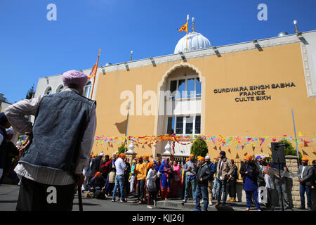 Sikhs celebrating Vaisakhi festival in Bobigny, France. - Stock Photo