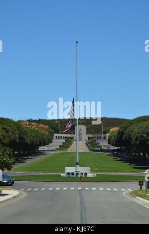Monument to the Fallen in Honolulu Cemetery. Oahu, Hawaii, USA, EEUU. - Stock Photo